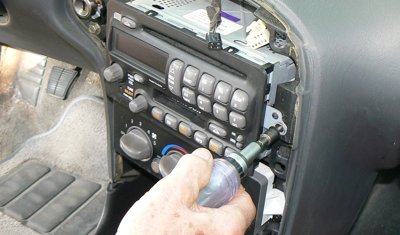 Gm Passlock Security Fix 99 Gmc Van Wiring Diagram Door Replacing The Sensor With Our Module